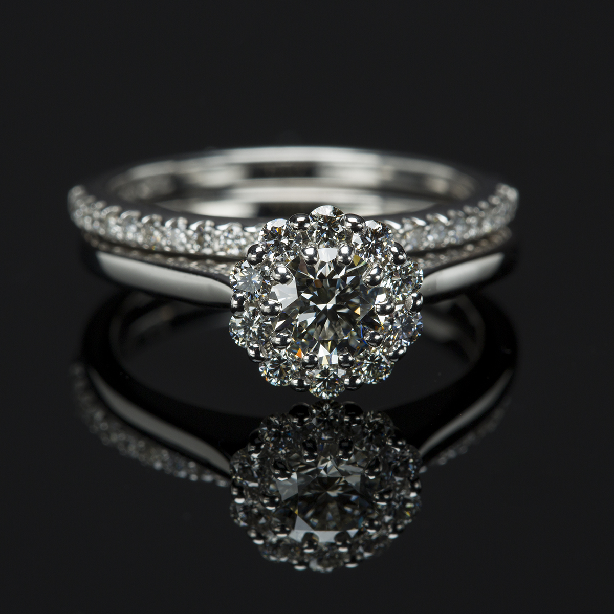 round asymmetrical view diamond carat with ring star shooting engagement halley two rings side comet tone