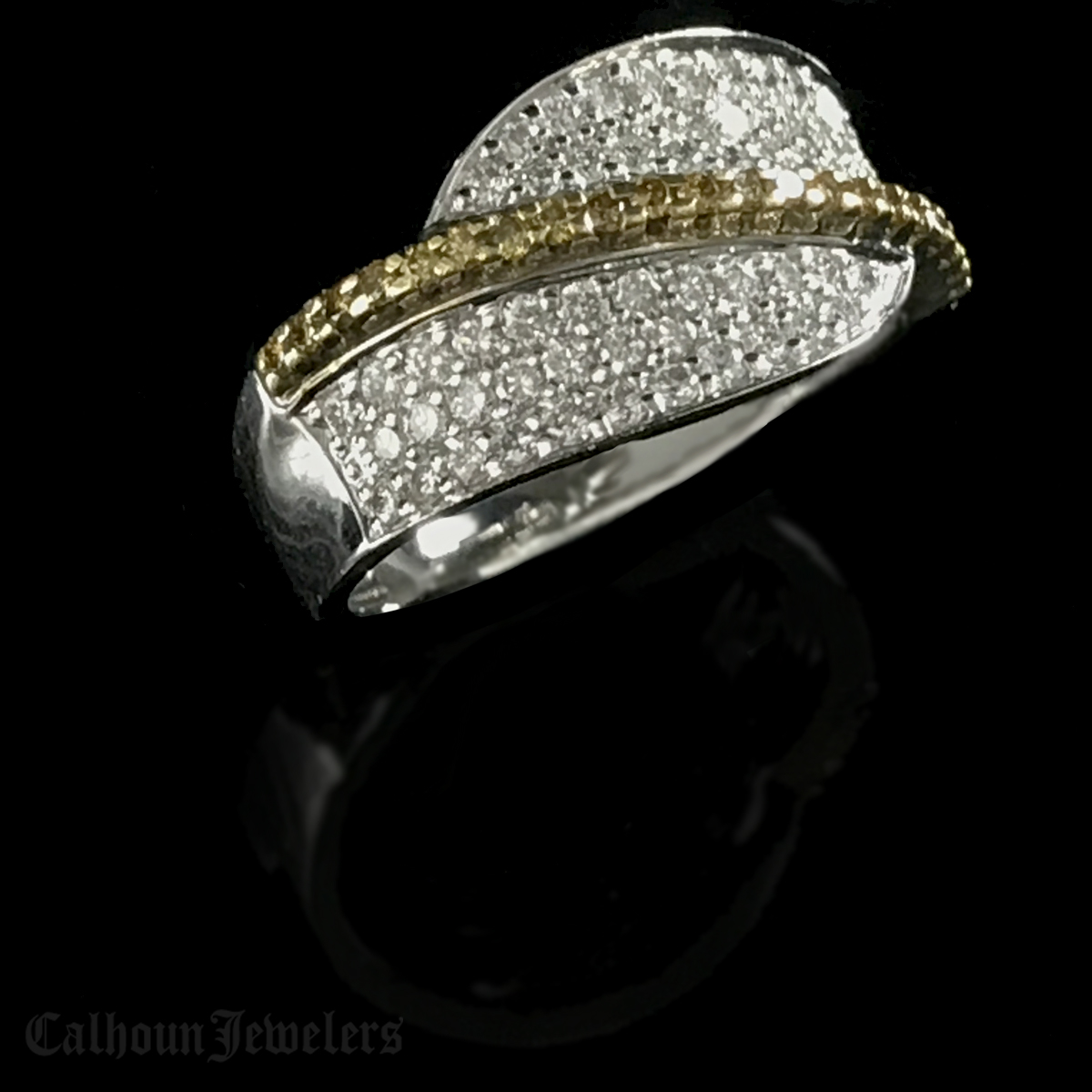 Two Toned 18Kt. Diamond Ring